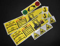 etichette di segnalazione stampa digitale pu pvc adesivo. varie misure - pre-fustellate con pellicola trasparente di protezione per agenti atmosferici, raggi Uv