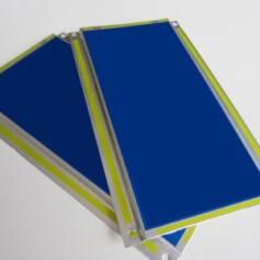 stampa-bicolore-targhette-metallo-targhe-automobili-industriali
